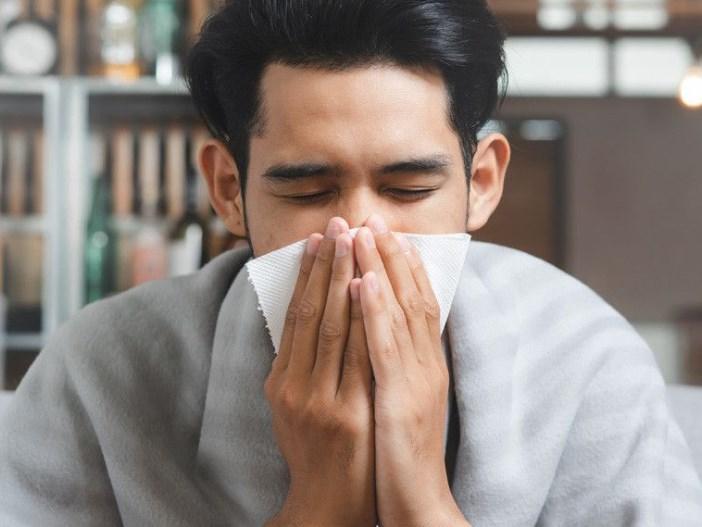 Kenali Perbedaan Pilek dan Flu
