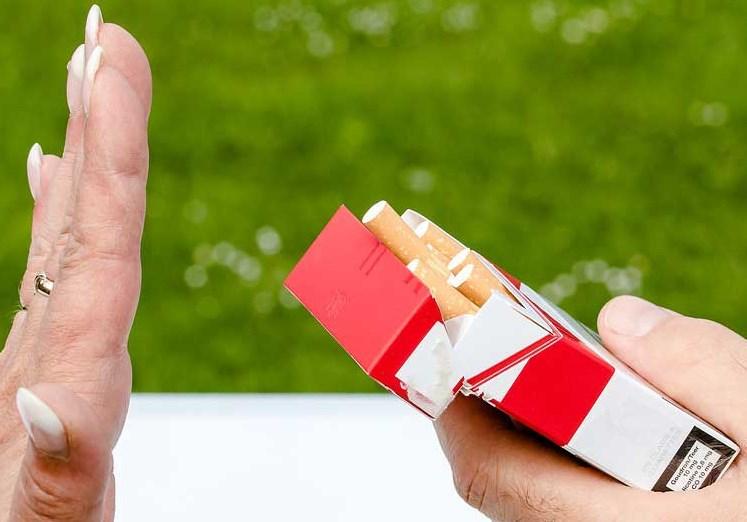 10 Tips Mengubah Kebiasaan Anda Merokok Agar Bisa Berhenti