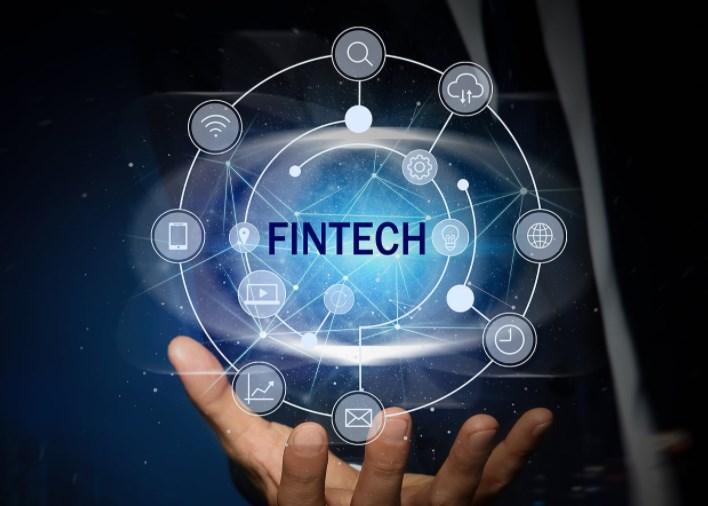Manfaat Teknologi Keuangan Dalam Membantu Proses Pelayanan Bisnis